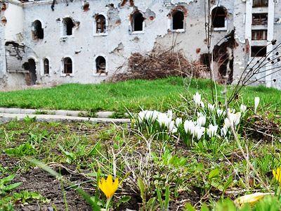 Субботник в разрушенном Иверском монастыре