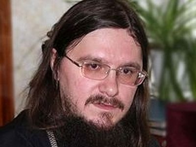 Father Daniel Sisoyev's Posthumous Mission: Three Stories