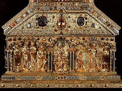 Реликварий с мощами волхвов из собора города Кёльна
