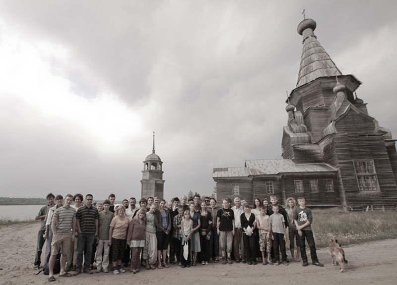 Экспедиция в полном составе с жителями деревни Пияла