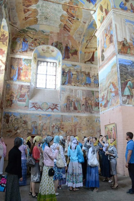 На экскурсии в Александро-Свирском монастыре