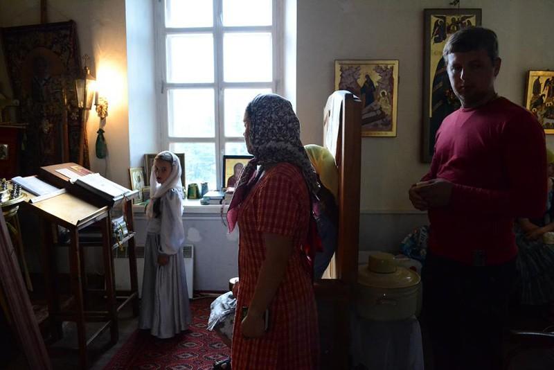 На службе в надвратном храме Св.велик.Екатерины в Введенском монастыре