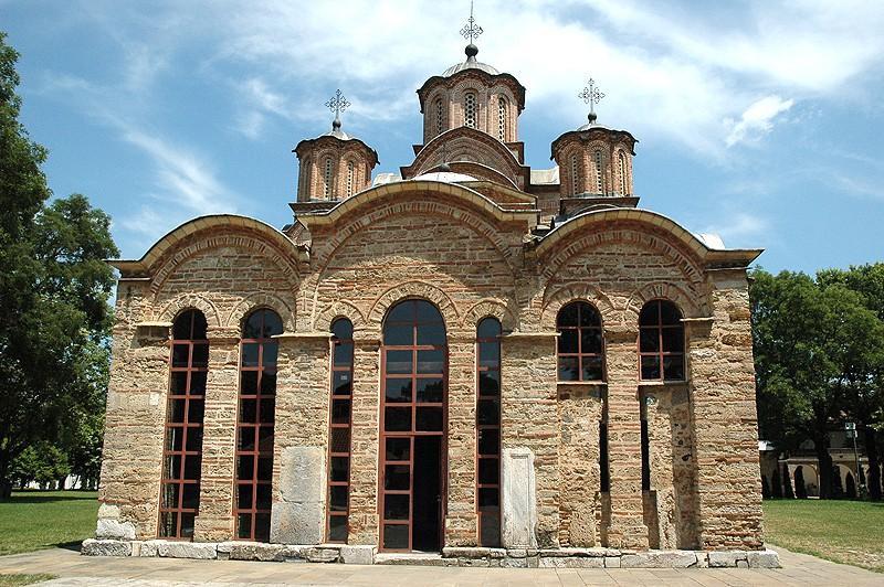 Храм Успения Божией Матери. Монастырь Грачаница