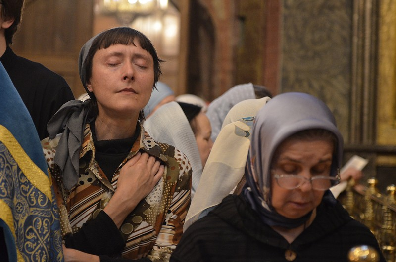 Пение акафиста Божией Матери