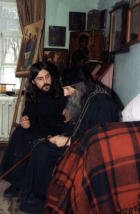 Схиигумен Мелхиседек и послушник Георгий