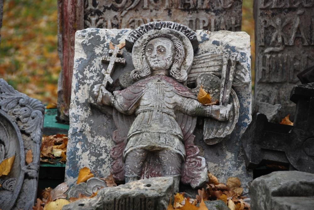 Ангел. Фрагмент надгробия