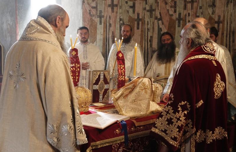За Божественной литургией