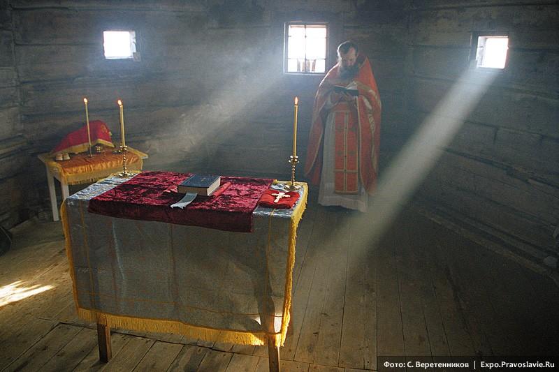 Литургия в старом храме