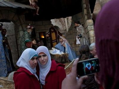 Thousands enjoy merry Christmas in Bethlehem