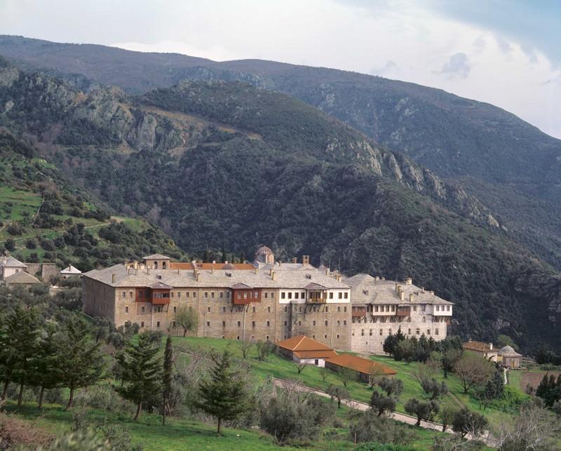 Греческий монастырь Ксиропотам