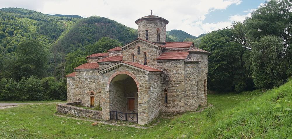 Собор в честь святого великомученика и Победоносца Георгия, Х век