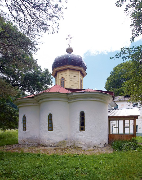 Храм святого пророка Божия Илии, IX век, (купол восстановлен в XIX веке)