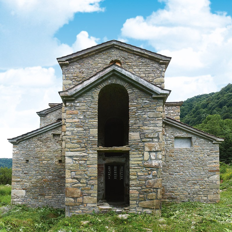 Храм Святой Троицы, первая четверть X века