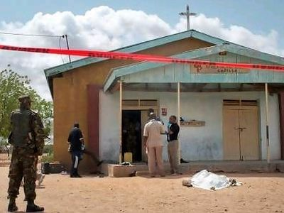 Kenyan churches attacked by gunmen, grenades, killing 17