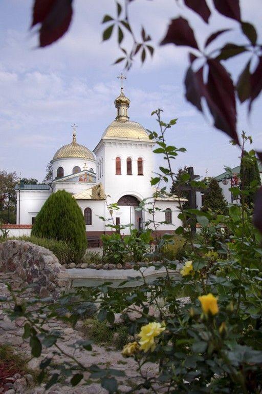 Церковь св. Онуфрия Великого, Яблочна
