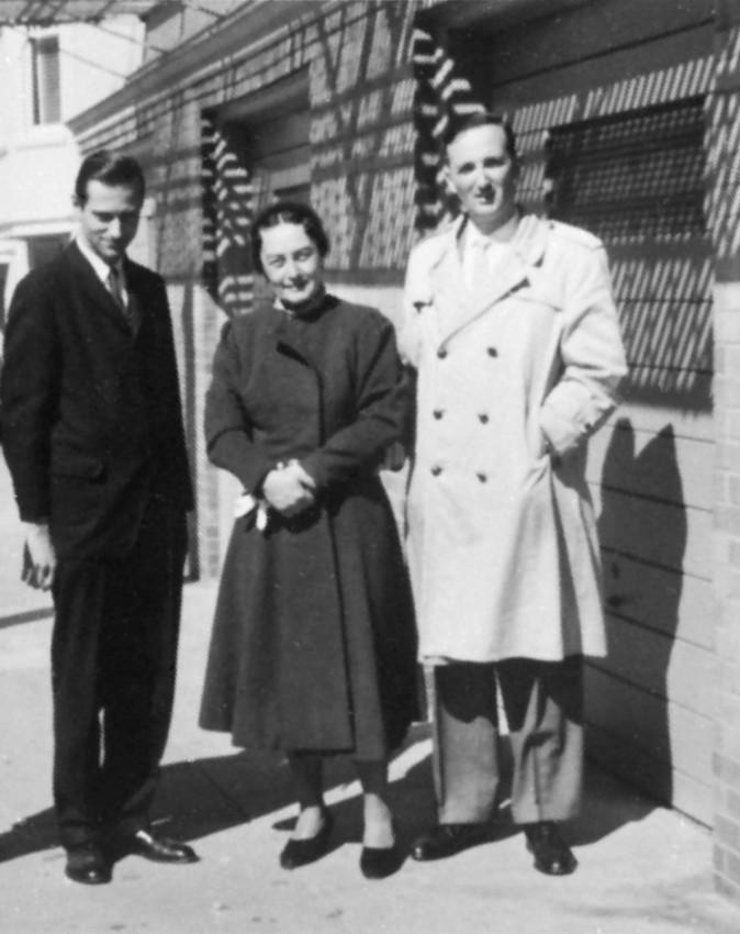 Евгений Роуз с крестным отцом и матерью, Димитрием и Светланой. Сан-Франциско