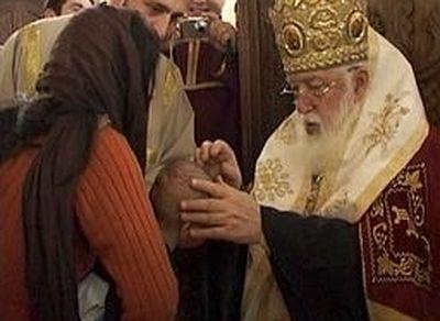 Католикос-Патриарх всея Грузии совершил крещение 915 младенцев
