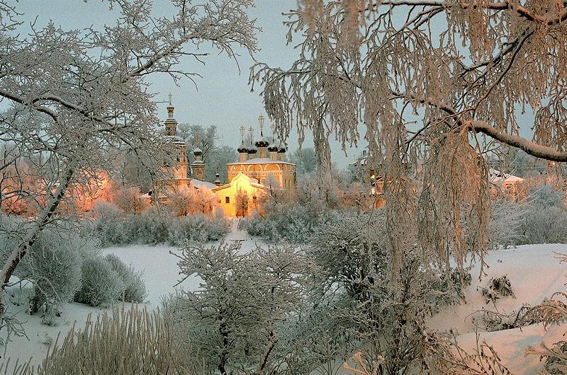 Храм прп. Димитрия Прилуцкого на Наволоке