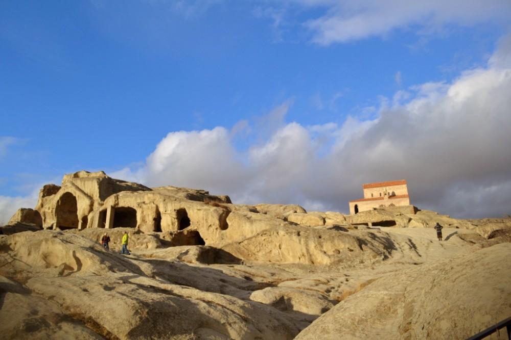 Уплисцихе (Божья Крепость) — древний пещерный город