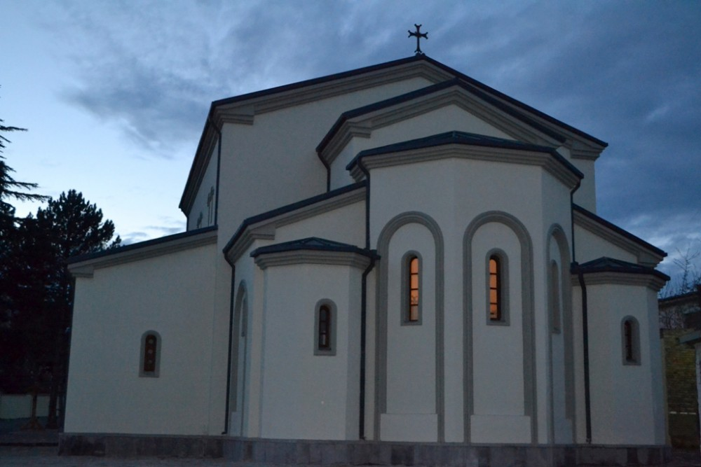 Новопостроенный храм в честь царя Вахтанга Горгасала, г. Каспи