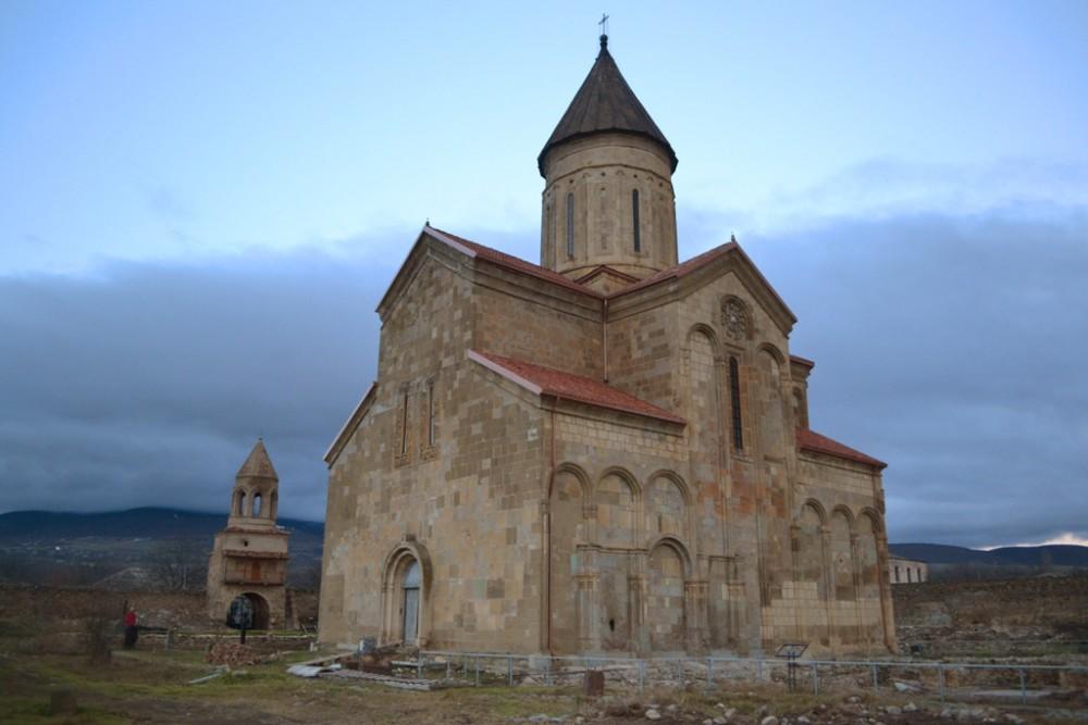 Храм в селе Самтависи