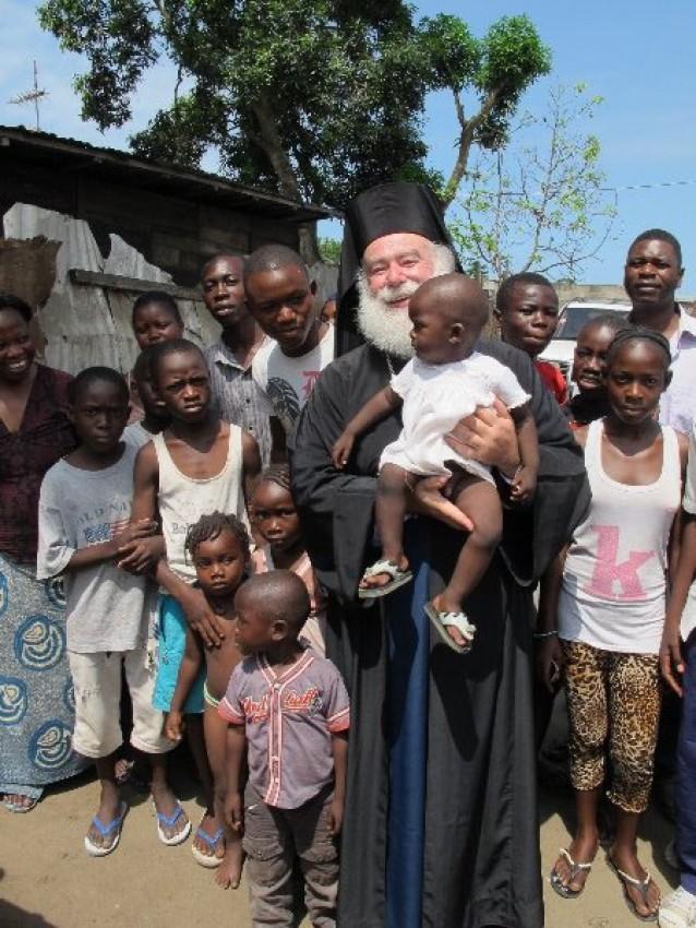Патриарх с юными православными конголезцами