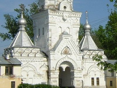 Novgorod administration deciding the issue of handing over two ancient Convents to the Church
