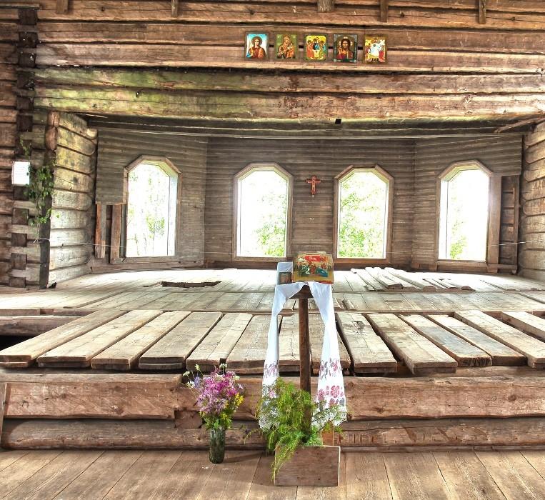 Окуловская. Церковь святителей Афанасия и Кирилла, патриархов Александрийских, 1878 г.