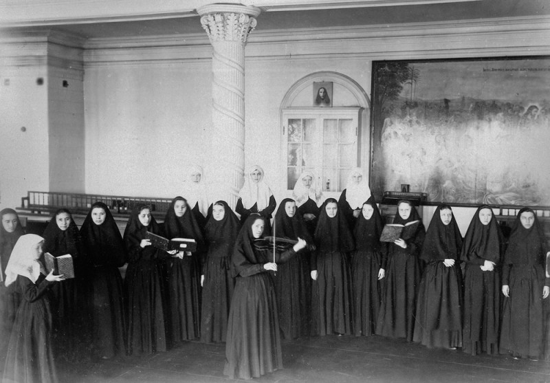 The Diveyevo Convent choir