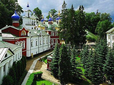 Гид: Псково-Печерский монастырь