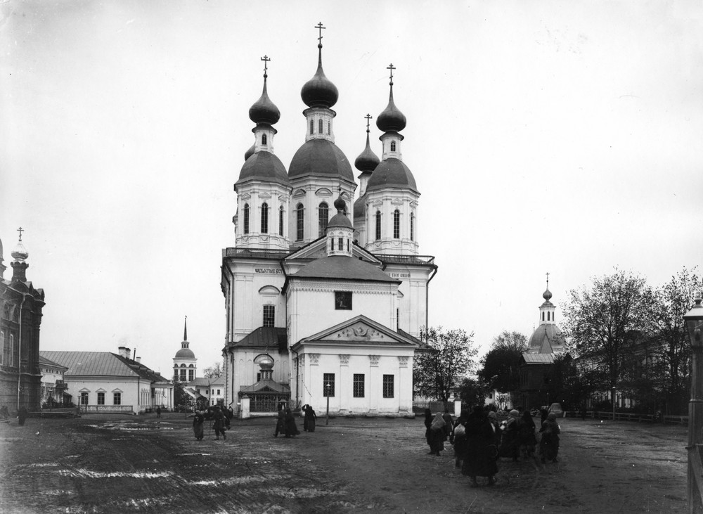 The Dormition Cathedral of Sarov Monastery, with the chapel over St. Seraphim's grave in the front.