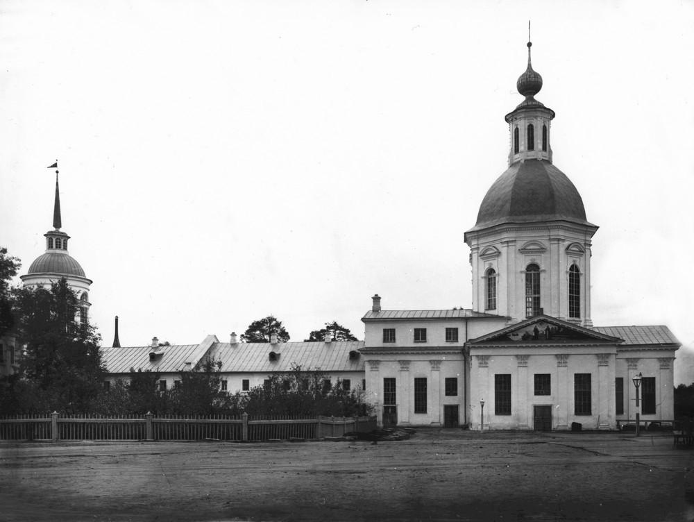 Церковь прп. Зосимы и Савватия Соловецких, престол которой был сделан руками прп. Серафима