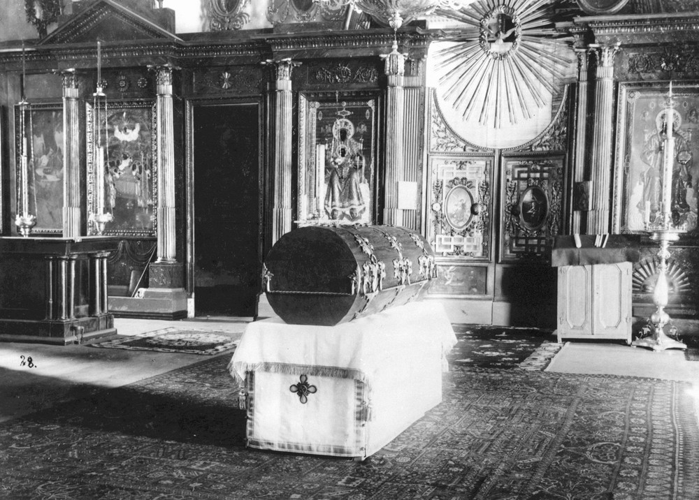 The reliquary that held St. Seraphim's relics, made in the traditional style, in the Church of Sts. Zosima and Savvaty.