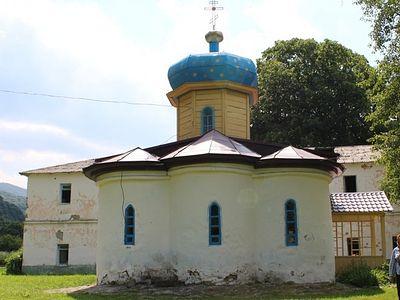 В Карачаево-Черкессии обсудили вопросы сохранения древнейших в России храмов