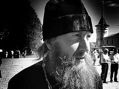 В Тюмени убили священника