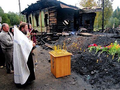На месте трагедии в интернате «Оксочи» совершена панихида