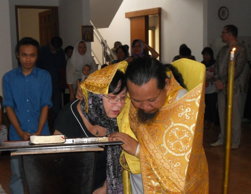 Confession in Jakarta, Indonesia. Hieromonk Joasaph (Tandibilang)