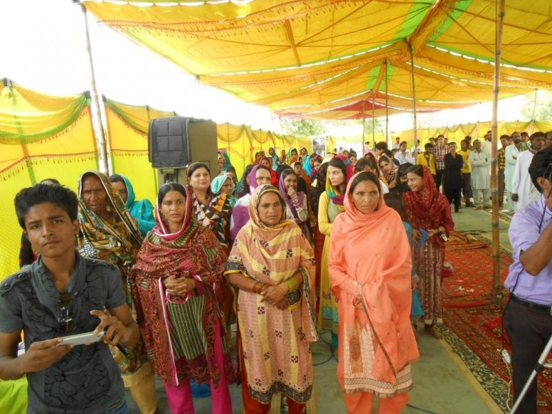 Orthodox faithful at the parish of St. Sergius of Radonezh during the Liturgy in Sargodha, Pakistan