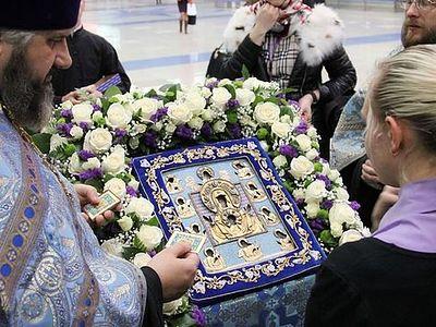 Курско-Коренная икона Божией Матери прибыла в Приморской митрополию