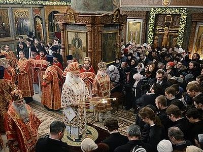 В день памяти свмч Илариона, архиепископа Верейского, Патриарх совершил Литургию в Сретенском монастыре