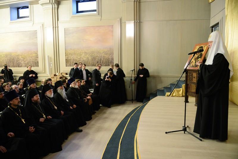 Речь Святейшего в актовом зале