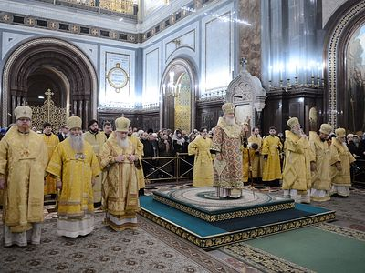 Патриарх Кирилл совершил новогодний молебен в храме Христа Спасителя