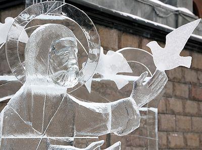 В Екатеринбурге завершился конкурс ледовой скульптуры «Вифлеемская звезда»