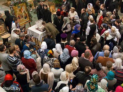 Более 30 тыс. верующих поклонились в Минске за 3 дня Дарам волхвов