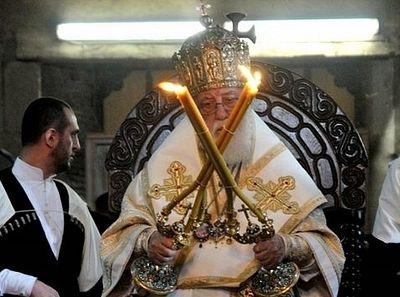 Каталикос-Патриарх Илия II: Молимся, чтобы события на Украине не стали неуправляемыми