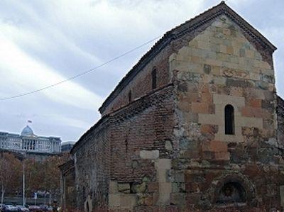 Georgia Diversifies Funding for Religion