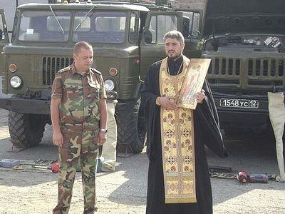 На российской базе в Армении освящены тысячи единиц техники