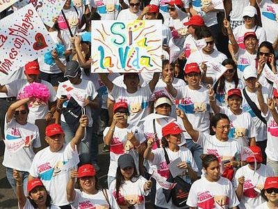 250,000 people take part in rally against abortions in the capital of Peru