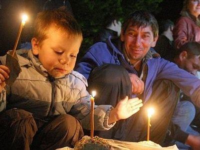 В праздновании Пасхи в Москве приняли участие около 300 тысяч человек