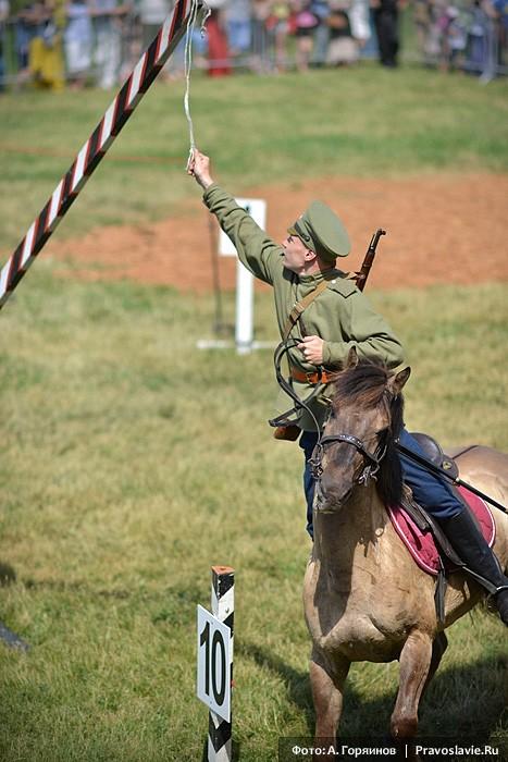 Участник кавалерийских состязаний